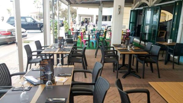 Terraza - Noah's Grill Steak House Wines & Cocktails, Fuengirola
