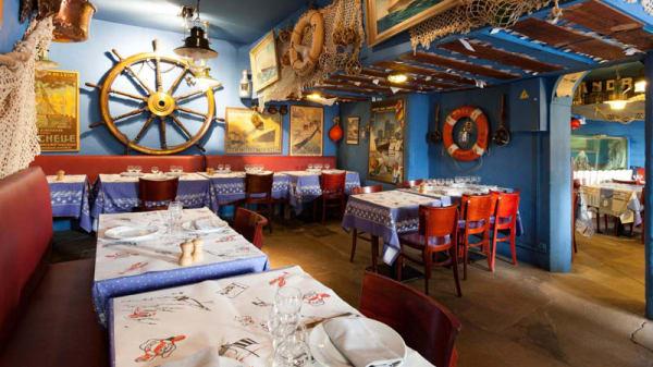 Vue de la salle - Bar André, La Rochelle