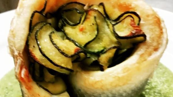Turbante di spigola farcito con zucchine trifolate su crema di zucchine - Il Poderaccio, Poderaccio Basso