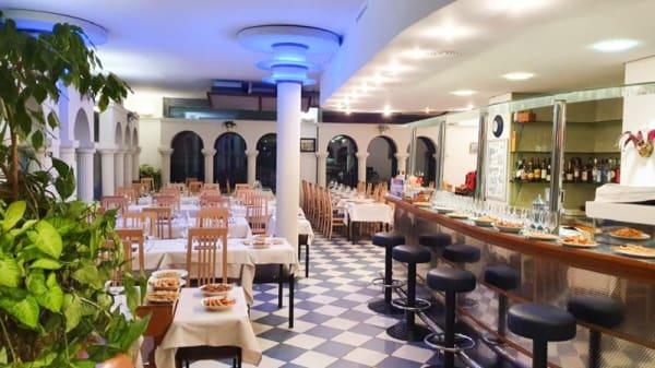 Salle du restaurant - Piazza San Marco Lausanne, Lausanne