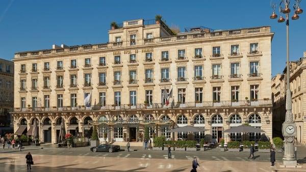 facade - L'Orangerie - Le Grand Hotel - Gordon Ramsay, Bordeaux