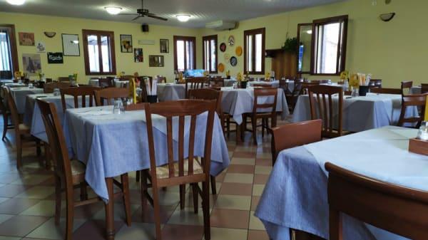 Veduta dell interno - Trattoria Pizzeria Le Caselle, Caselle torinese