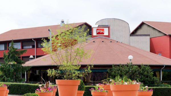 Vue exterieur - Restaurant Forum Hôtel, Genas