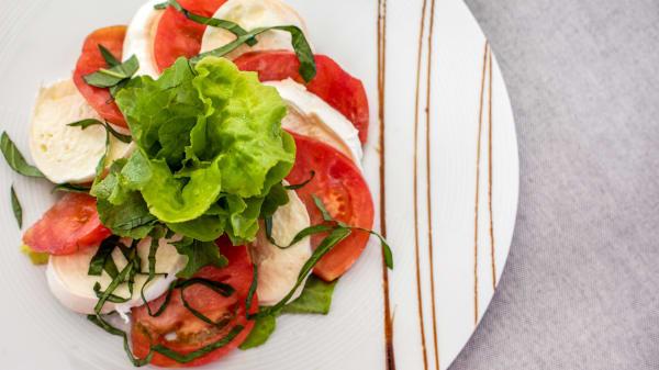 Lo Chef Consiglia - Hopera Restaurant & Garden Bar, Capua