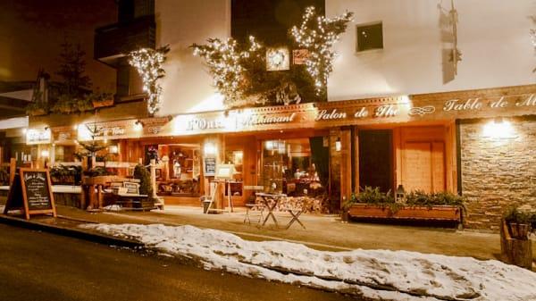 entrée restaurant - L'Outa, Les Gets