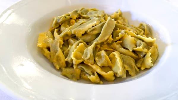 Ravioli del plin - Osteria Italia, Alba