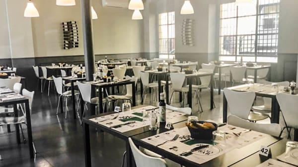Vista sala - Baobab Café, Milan