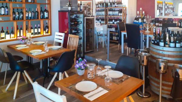 Vista de la sala - Tanit Grill & Wine, Fuengirola
