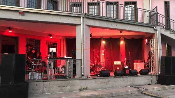 veranda - Altrove RistoPub, Pomezia