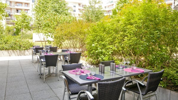 terrasse - Le French Corner (by Residhome), Évry