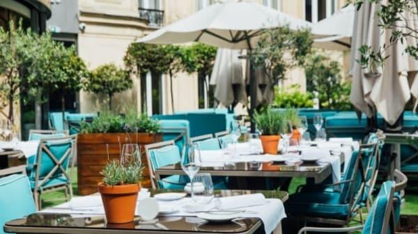 La terrasse du Joy-Arbesproduction© - Le Joy, Paris