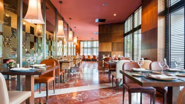 Vista sala - Verdil - Eurostars Suites Mirasierra, Madrid
