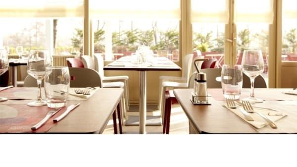 Salle du restaurant - Campanile Besançon Ouest - Châteaufarine, Besançon