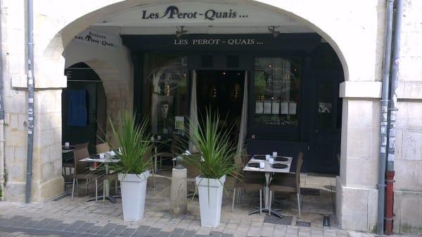 Façade - Les Perot-Quais, La Rochelle