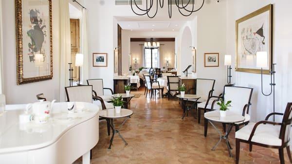 Vista sala - Café Miró, Deià