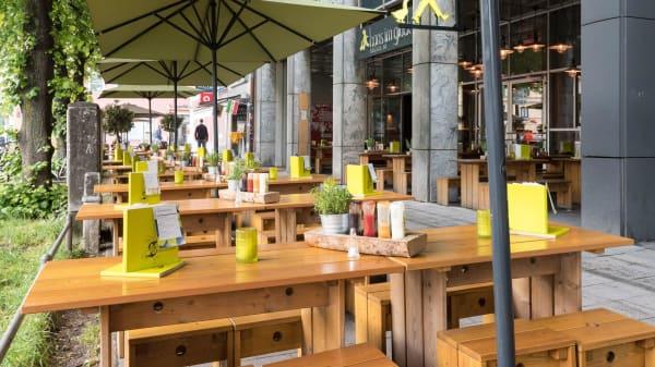 HANS IM GLÜCK Burgergrill & Bar - München ISARTOR, München