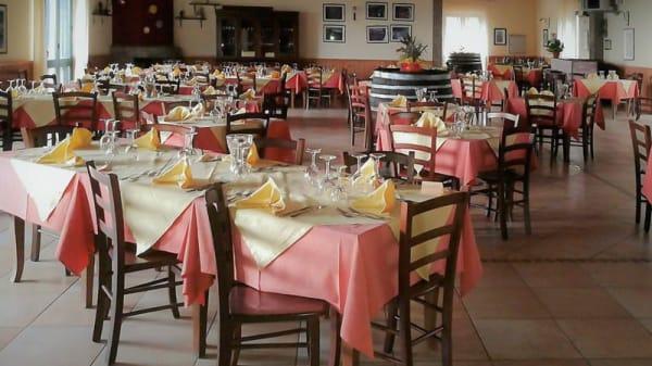 Vista sala - Etna Wine, Castiglione Di Sicilia