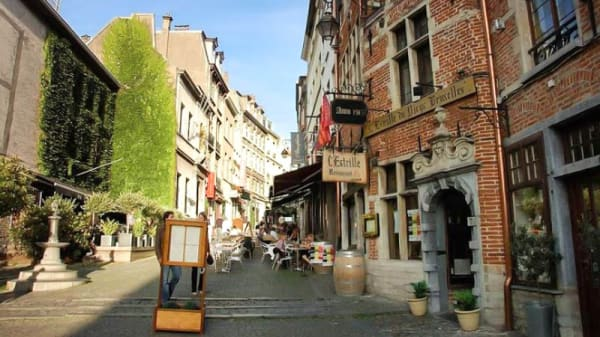 extérieur - Vertigo - Boire & Manger, Brussels