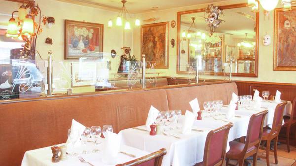 Vue de la salle - Auberge de Venise Montparnasse, Paris