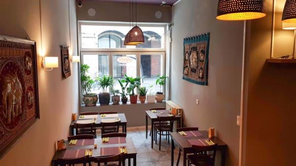 interieur restaurant zaal - Janya Thai Wok, Anvers