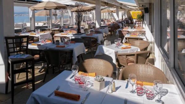 Terrasse - Rado Plage, Cannes