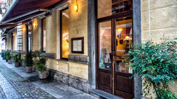 Entrata - Arsenico Bistrot - Pizza e Miscelati, Turin