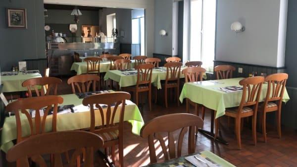 Salle du restaurant - Le St-Louis, Portalban