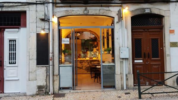 Front door - Crouton, Lisboa