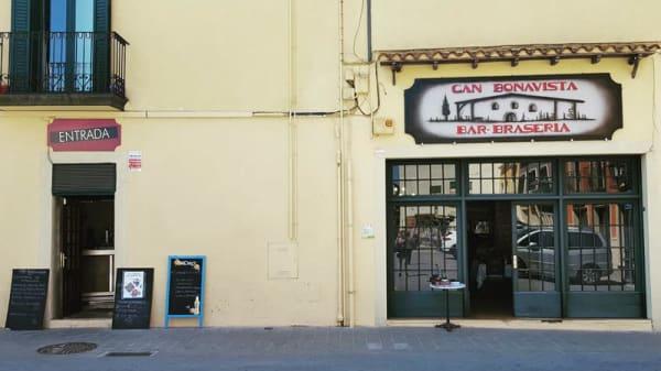 Entrada - Can Bonavista, Vidreres