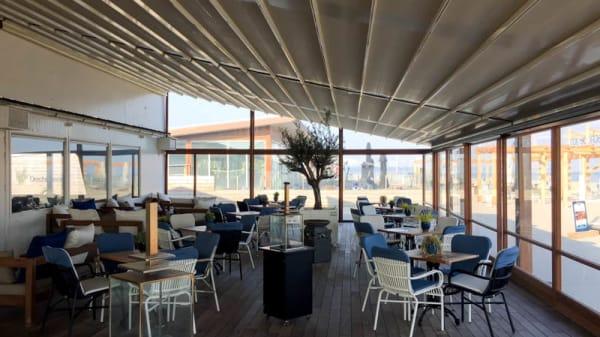 Het restaurant - Strandclub FF Tijd, Hook of Holland