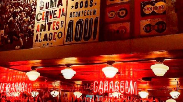 Detalhe de decoração - Garagem Bar comes e bebes, São Paulo
