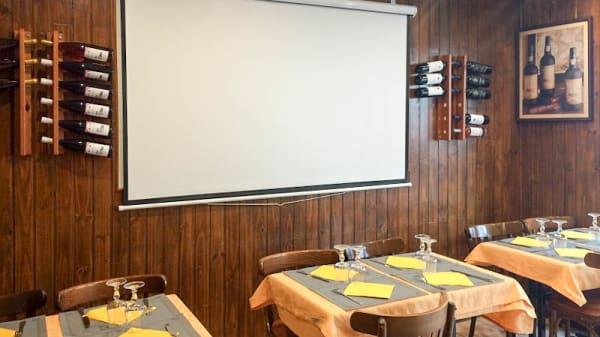 Salon du restaurant - Chez Ma-No, Le Kremlin-Bicêtre