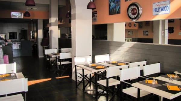 Vue de la salle - Hollywood Pizza, Canet-en-Roussillon