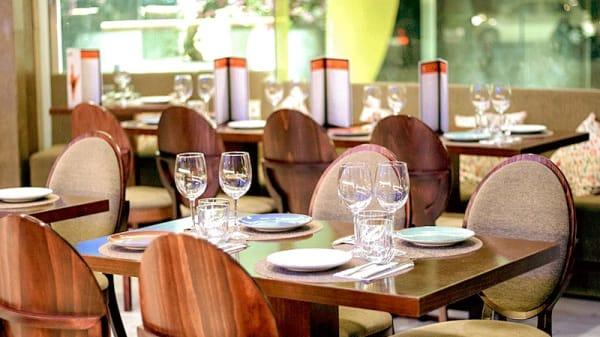 Vista del interior - Amarinder cocina original India Francia, Valencia
