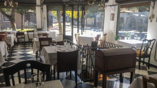 Sala del restaurante - Aquilino Bistró, Vicente López