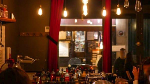 Salle du restaurant - Au Loup, Paris