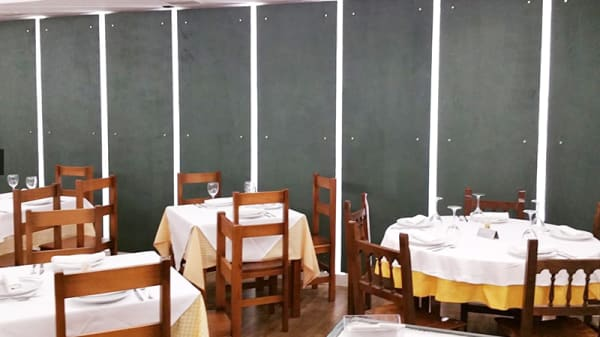Vista sala - A Laxa, Lugo
