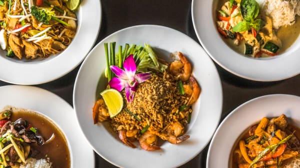 Danse avec les plats, délicieux plats thai - Le Duo - Thai & Sushi, Lausanne