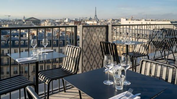 Terrasse - Printemps du Gout Le Poisson par La Reine Mer, Paris