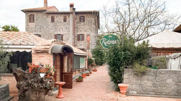 Facciata - Monte due Torri - Eco Resort, Genzano Di Roma