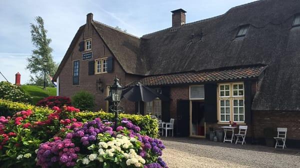 De Boerderij - De Lingehoeve, Oosterwijk