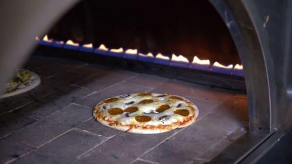 Appetiser Pizza, Feltham