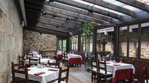 Terraza interior - Adega das Caldas, Ourense