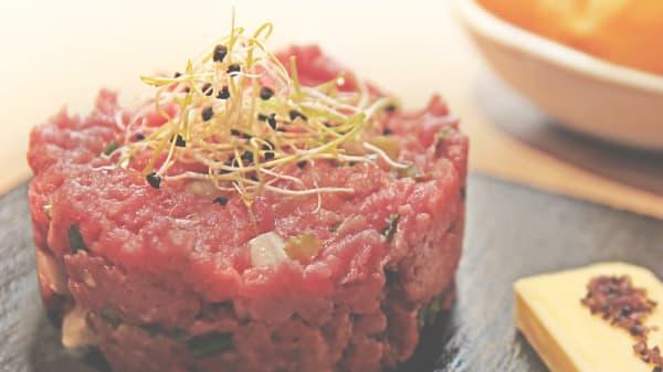 battuta di carne al coltello - Hotel Londra Restaurant, Acceglio