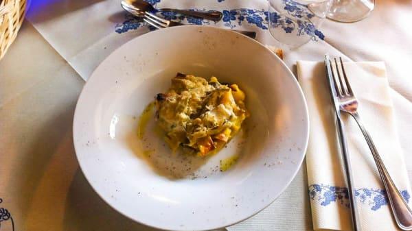 Suggerimento dello chef - Arco del Castello di Perno, Perno