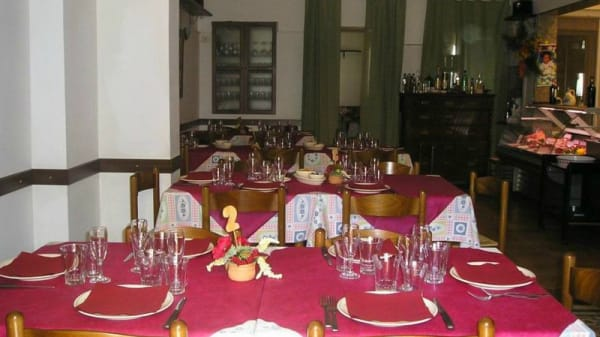 Sala - La Taverna di Pascalone, Latiano