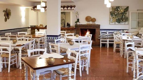 Sala del restaurante - Mesón Bar Piedra, Almuñécar