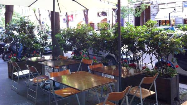 Deho estivo - Enoteca Ricerca Vini, Milan