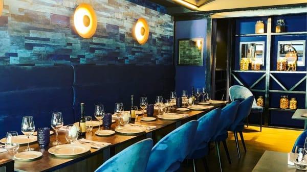 Vista del interior - San Francisco Bar Gastronomia, Marbella