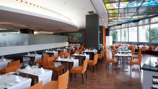 Vista de la sala - Eurohotel Gran Via Fira - Restaurante Atántida, Hospitalet de Llobregat